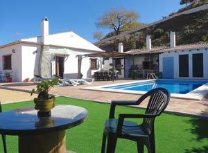 villa met zwembad, BBQ, pizza-broodoven, aanrecht buiten