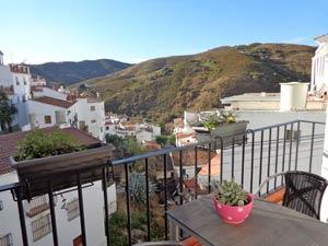 Casa Carril uitzicht op het dorpje El Borge