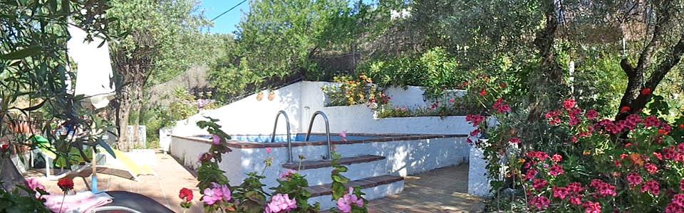 vakantiehuis Choza Tabla, terras, bloementuin en zwembad