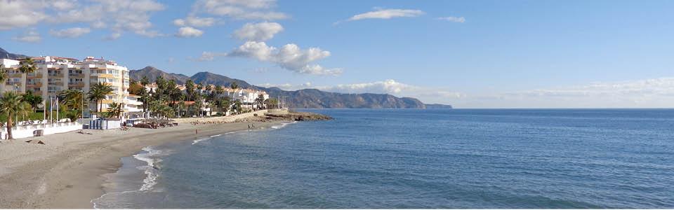 La Axarquia met kleine en grote stranden