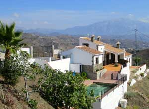 vakantiehuis-andalusie-casa-carmelita-zwenbad-boven-300