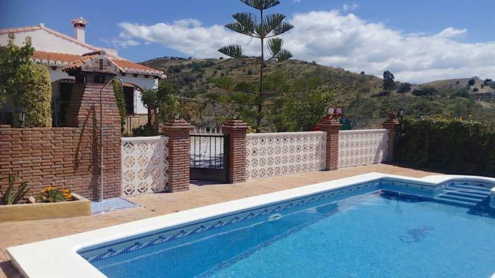 privé zwembad met inlooptrap Andalusie