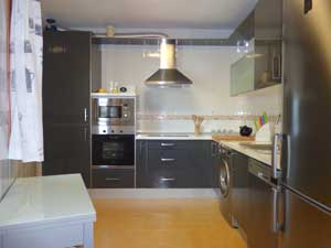 appartement met riante keuken