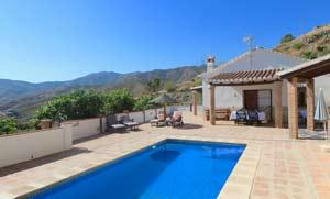 Villa la Sierra op loopafstand van het dorp