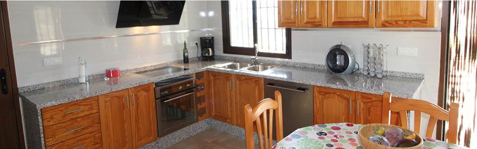 complete en moderne keuken - vakantiehuis Salvalex