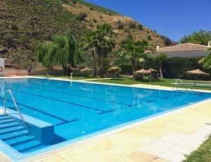 het zwembad van El Borge is weer open