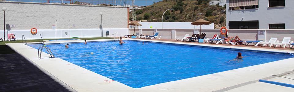 gedeeld zwembad appartement
