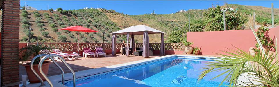 prive zwembad bij Villa Guti