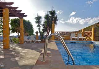 Vakantiehuis villa met zwembad in Andalusie zuid Spanje privacy naturisme - Villa Cachopin