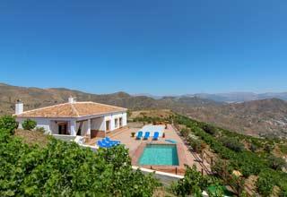 Vakantiehuis zuid Spanje villa met zwembad petanque Jeu de Boule - Casa Monica