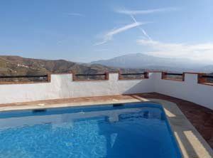 zwembad vakantiehuis Isabel