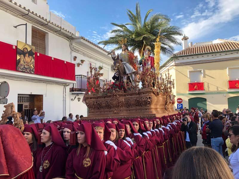 trono compleet met palmboom