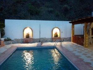 renovatie zwembad vakantiehuis Cochopin